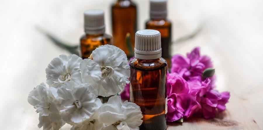 Les huiles essentielles équilibrantes sur les chakras